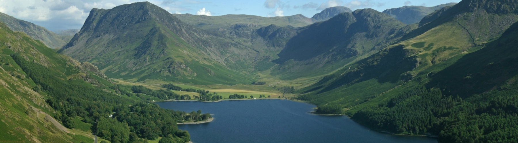 DP0065-Buttermere-Valley-from-the-air